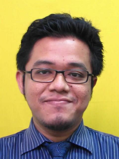 NIK AHMAD FARHAN BIN AZIM @ NIK AZIM